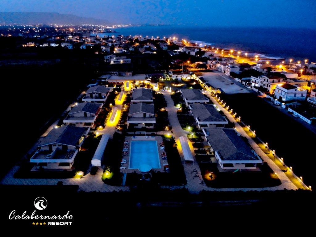 Calabernardo Resort 4 stelle panorame sera